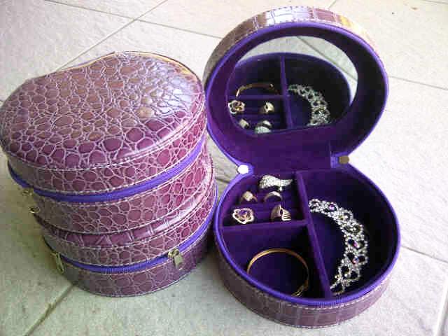 Tempat perhiasan imut purple croco