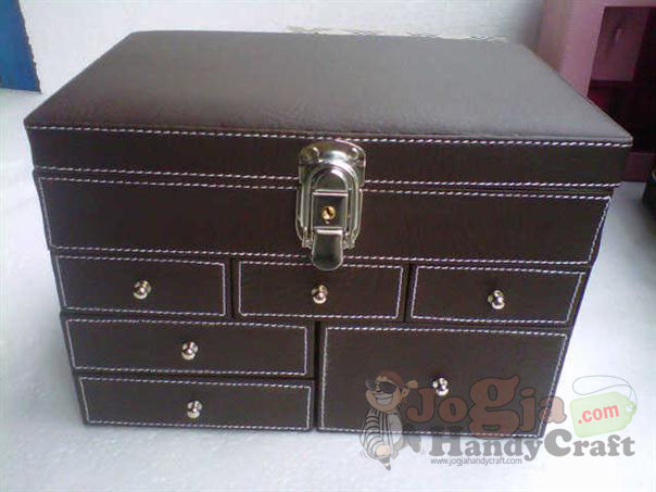 Big Elegan Jewelry Box (1)