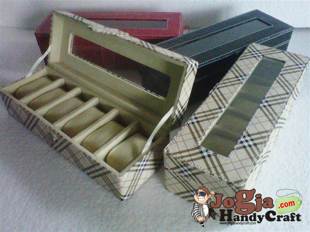 Box jam Isi 6 Motif Burberry Cream