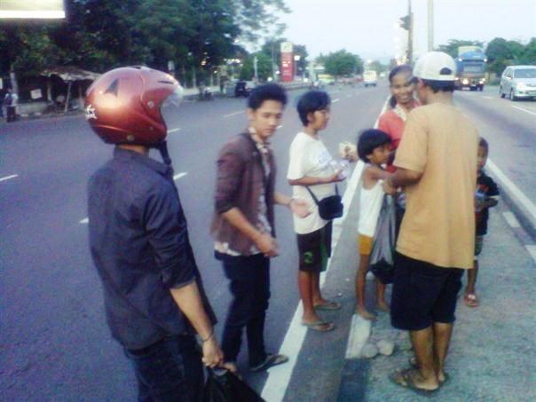 Sedekah Jalanan Jogja Handycraft