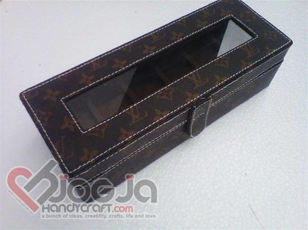 Box Jam Tangan Isi 6 LV Mono Motif