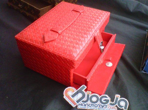 Jewelry Box Kotak Perhiasan