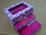 Box Jam Tangan Isi 24 Mix Accesories Drawer Burberry Pink