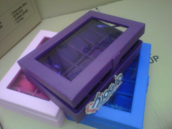Full Purple Box Tempat Jam Isi 12