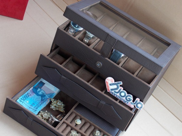 New Watch Box Organizer For 24 Watches Mix Accesories Drawer