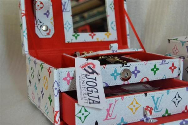 Square Drawer Jewelry Box | Tempat Perhiasan