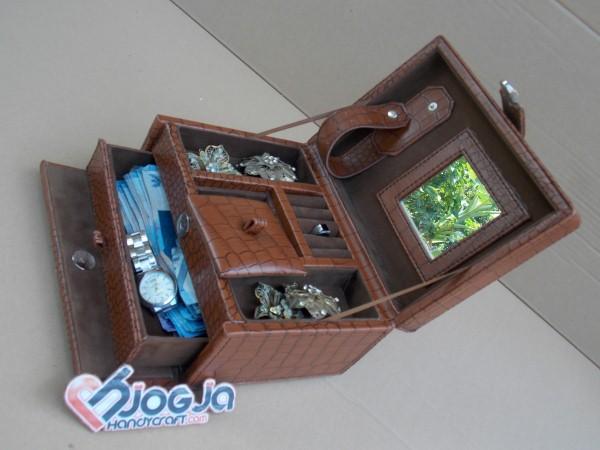 Elegan Croco Motif Jewelry Box | Tempat Perhiasan dan Accesories Motif Croco