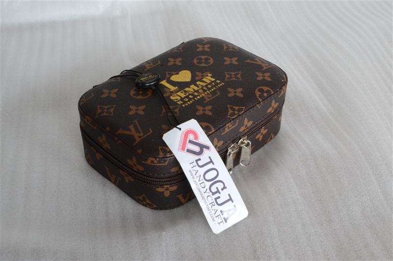 Mini Cosmetic Case Motif LV