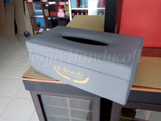 Elegan Tissue Box Abu-abu