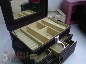 Big Elegan Jewelry Box (3)