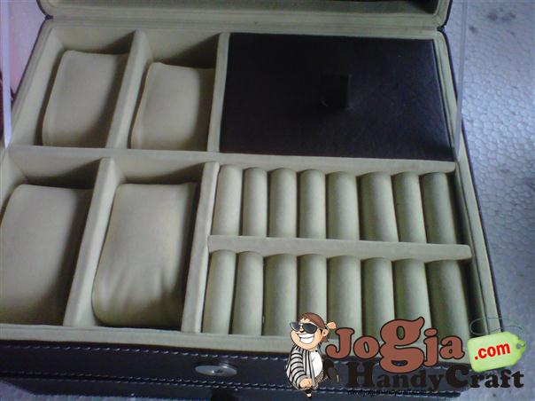 Box Kombinasi Tempat Jam dan Accesories