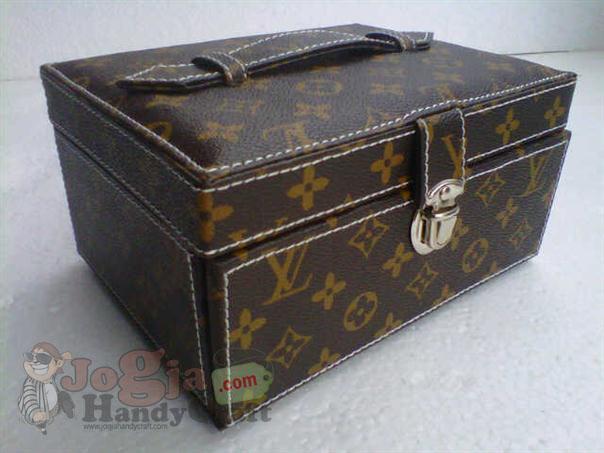 Photo of Jewelry Box Organizer LV Mono