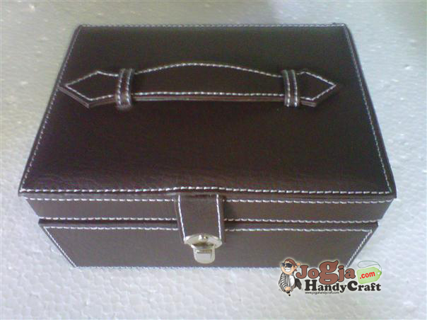 New Model Jewelry Box Coklat Elegan