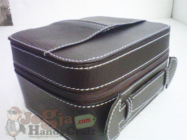 Photo of Beauty Case Full Vinyl Jogja Handycraft