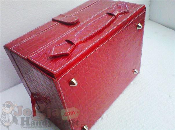Red Croco Box Jam Isi 20