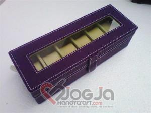 Box Jam Tangan Isi 6 Purple Inner Cream