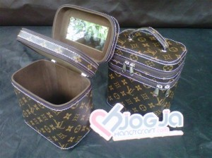 Make Up Case Double LV Mono