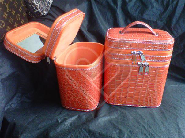 Make Up Case Motif Croco Orange