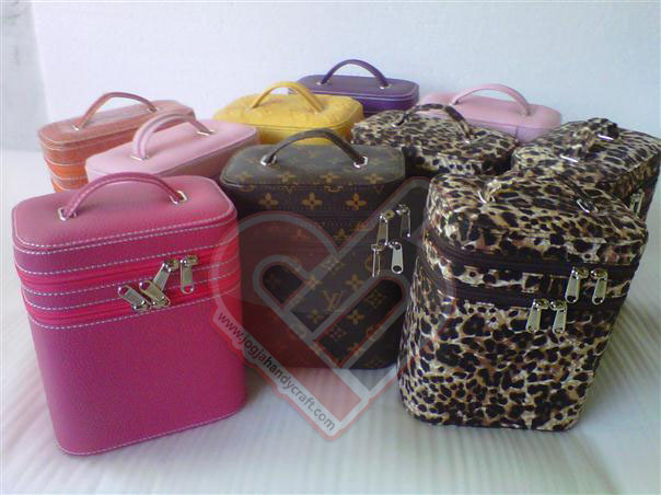 Photo of Make Up Case Double Kompartemen