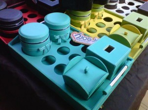 Trayset Toples Isi 2, 6 Aqua Hole, 1 Tissue Box dan 1 Candy jar