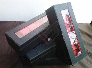 All in black Box Jam isi 12, box jam isi 6, tampil lebih elegan