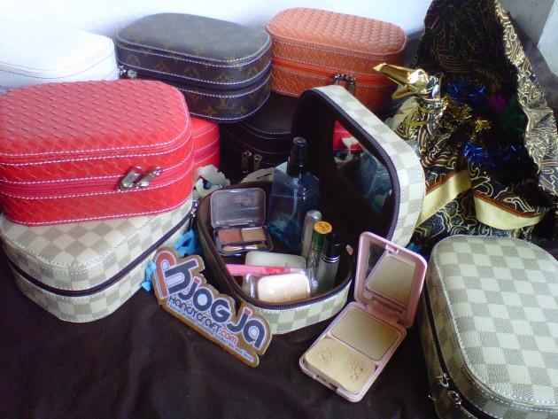Mini Cosmetic Hard Case Cantik (3)