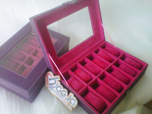 Purple Pink Fanta Watch Organizer Isi 12