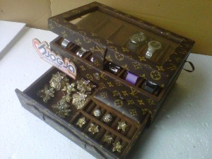 New Box Jam Tangan Mix Accesories Drawer Jogja Handycraft Motif LV