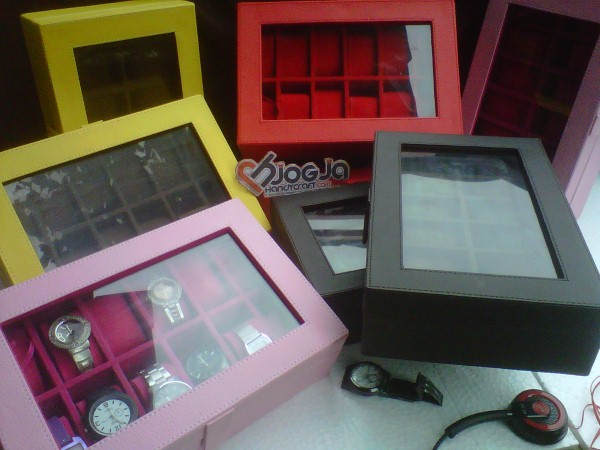 Photo of New Box Jam Tangan Isi 12 Jogja Handycraft
