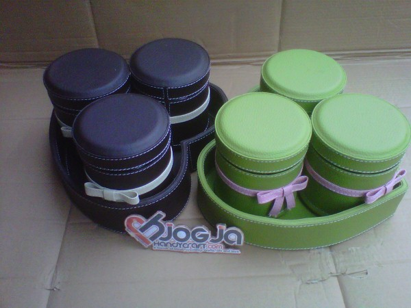 Photo of Set Toples Vinyl Cantik Bentuk Love Isi 3 Toples