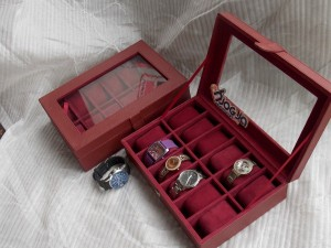 RED MAROON WATCH BOX ORGANIZER FOR 12 WATCHES