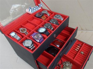 Watch Box Organizer For 12 Watches Mix Glasses and Accesories Drawer