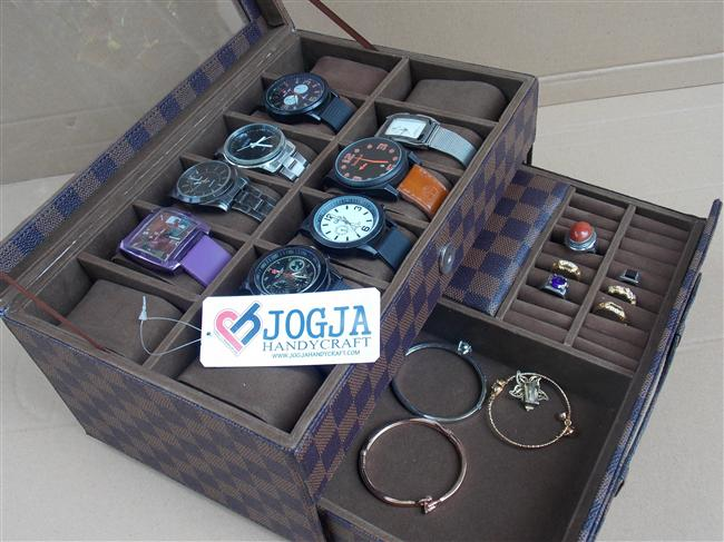 Photo of LV DAMIER BOX JAM TANGAN ISI 12 MIX LACI ACCESORIES