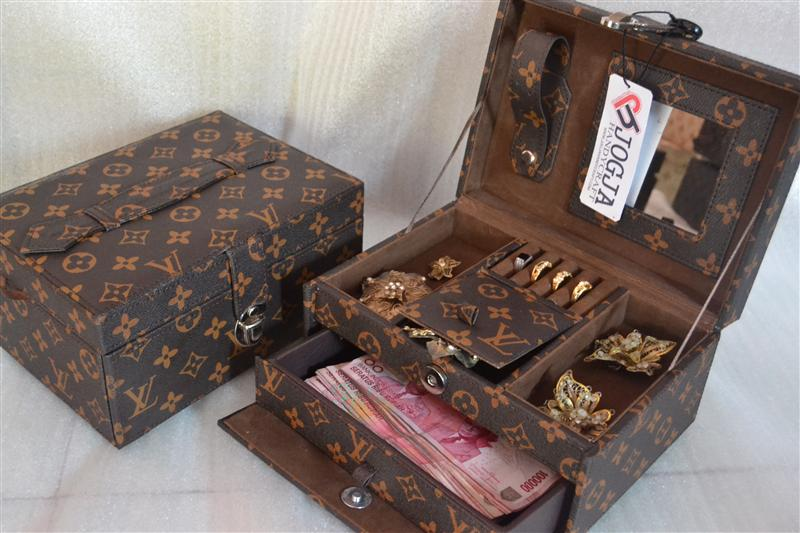 Photo of LV MONOGRAM JEWELRY BOX ORGANIZER | TEMPAT PERHIASAN