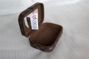 Mini Cosmetic Case Motif LV