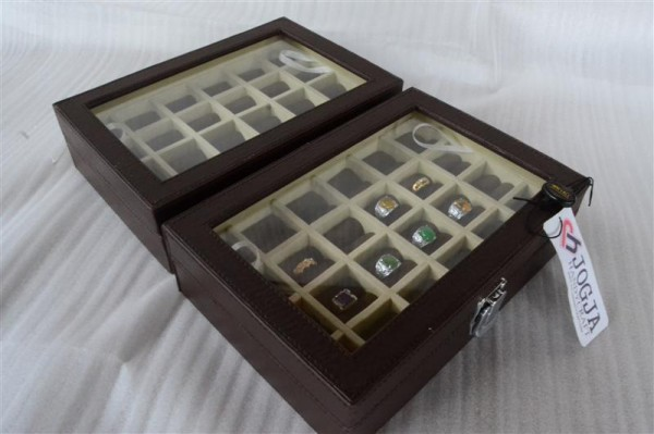 EXCLUSIVE LEATHER RING BOX | TEMPAT CINCIN | KOTAK CINCIN