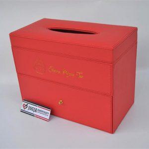 Kotak tissue tingkat berlaci